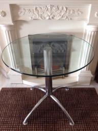 Round Dining Table image 1