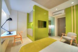 Madera Residences- Newly Refurbished Serviced Apartment image 2