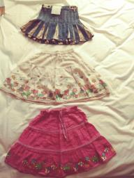 80 for 3pcs skirts  for age 6 to 8 yrs image 1