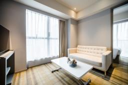 ONE DUNDAS Serviced Apartments image 3
