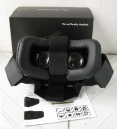 Vr Headset with packing and manual image 2