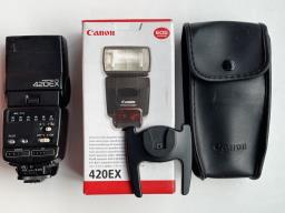 3 Canon flashes with great acys image 5