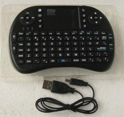 Mini Wireless Combo Keyboard  Mouse 24 image 1