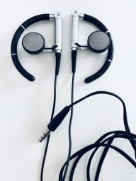 Bang  Olufsen earphones like new image 1