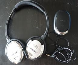 Bose Qc3 Noise Cancelling Headphones image 1